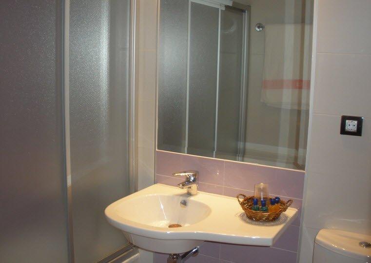 Baño Habitación Hotel en Granada