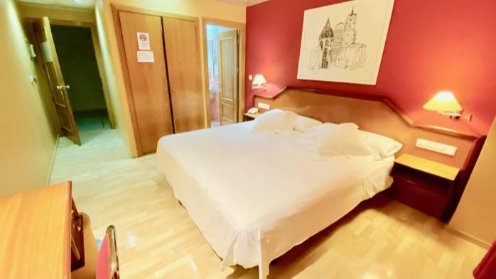 HOTEL TORREPALMA, 107