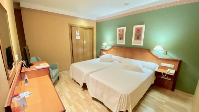 HOTEL TORREPALMA, 112