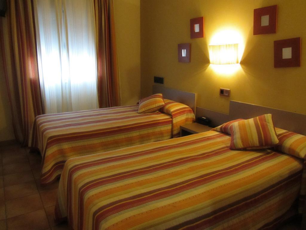 HOTEL VILLA DE UTRILLAS TERUEL